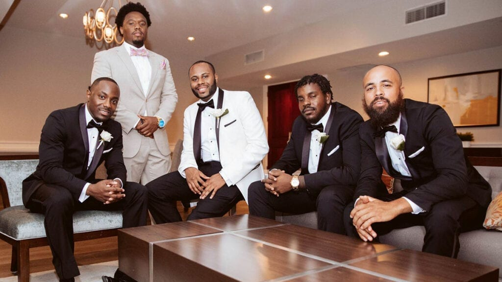 A Groom and his groomsmen relaxing in the vip studio