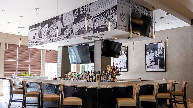 the Bar and artwork at Streetlight Kitchen and Bar